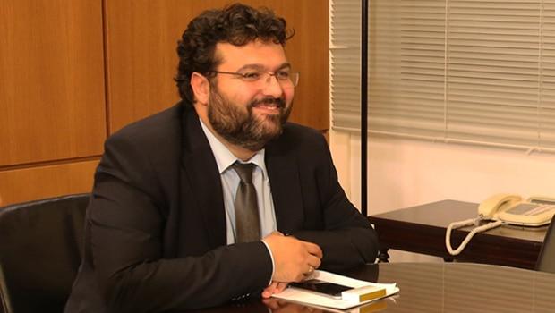Βασιλειάδης: «Τέλος οι συμβάσεις με την ΕΡΤ χωρίς αναδιάρθρωση»