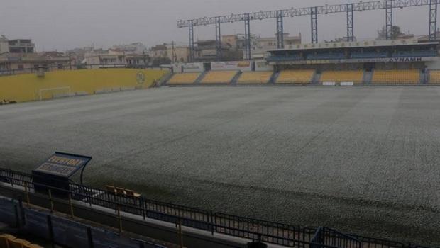 Έντονη χιονόπτωση στο Αγρίνιο