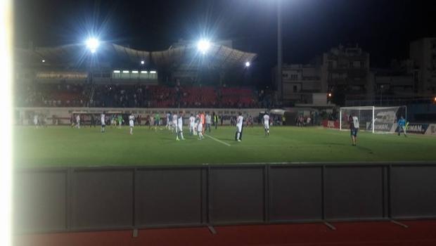 Αποθέωση των παικτών απ' όλο το γήπεδο (Vid)