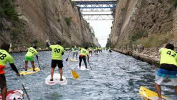 Συνεχίζονται τα κολυμβητικά ραντεβού στην Διώρυγα της Κορίνθου