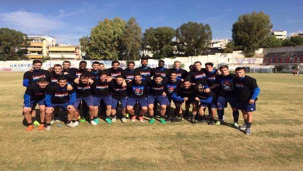 Η ομάδα ποδοσφαίρου στηρίζει τον δικαστικό αγώνα των Πανθήρων!