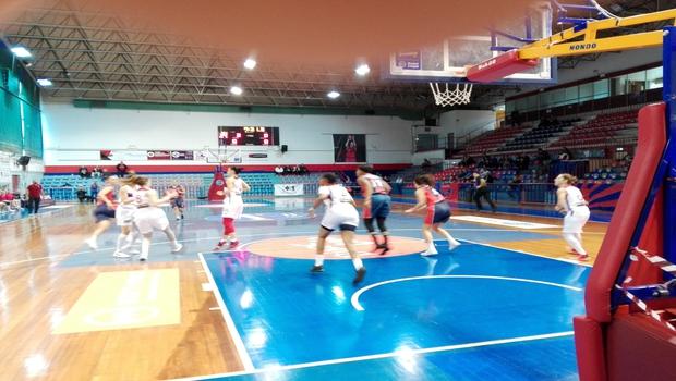 Μεγάλη νίκη στο μπάσκετ για τα κορίτσια του Πανιώνιου