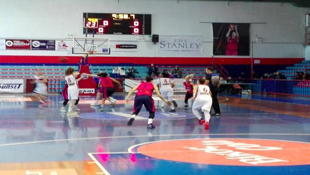 Νίκη επί των Εσπερίδων το γυναικείο μπάσκετ με 62-60