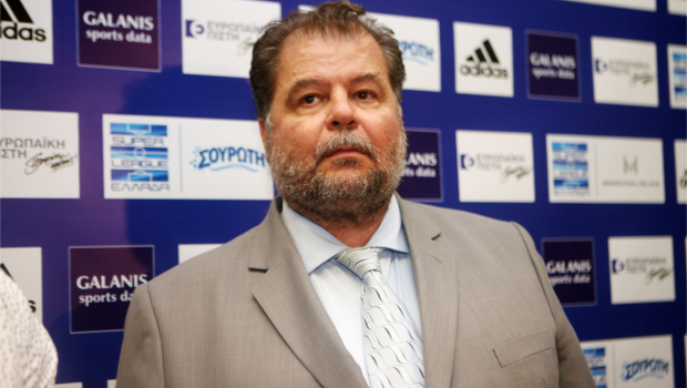 Μπαταγιάννης: «Υπάρχει ένα θέμα με την διαιτησία»