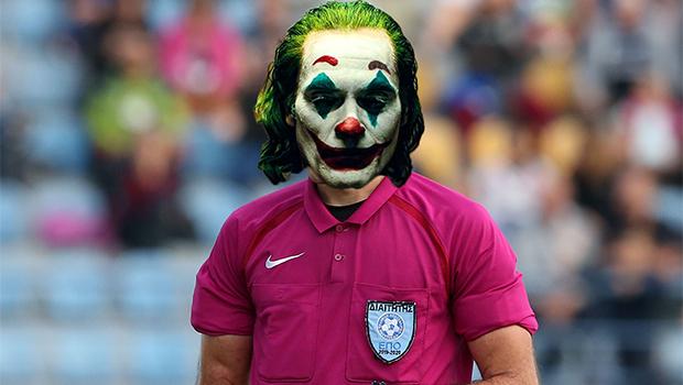 Ο Τζόκερ σε ρόλο διαιτητή στο Ελληνικό Ποδόσφαιρο